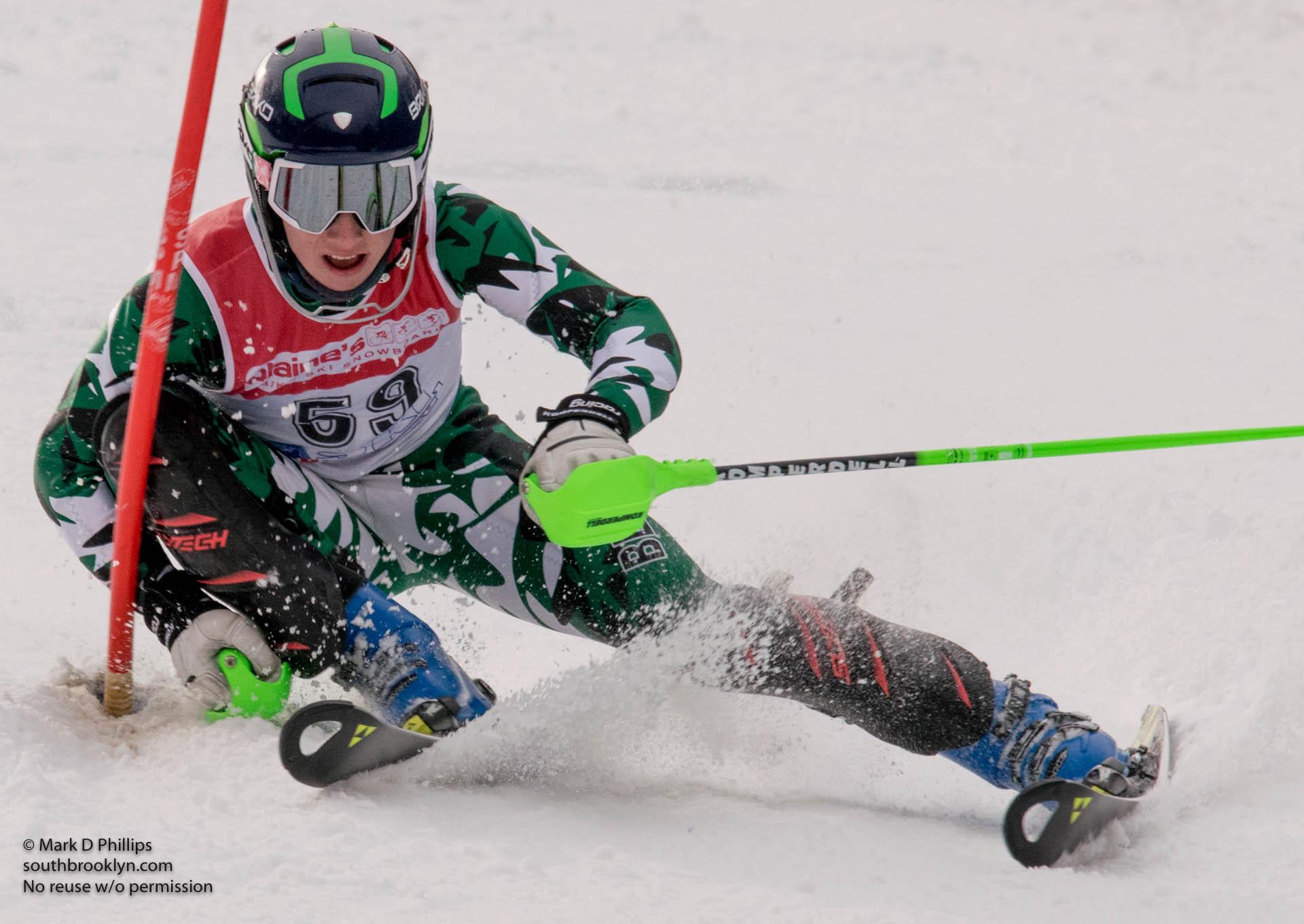 LyonsBrown_skiing_crMarkDPhillips